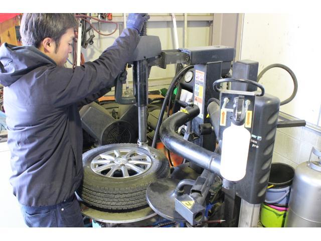 持ち込みによるタイヤの組み換えや交換もOK!
