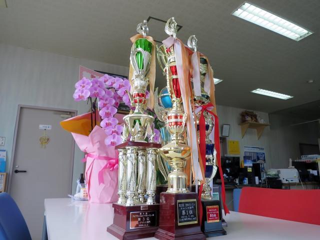 カスタム、ドレスアップも当社カスタム車両がイベントで受賞しています。