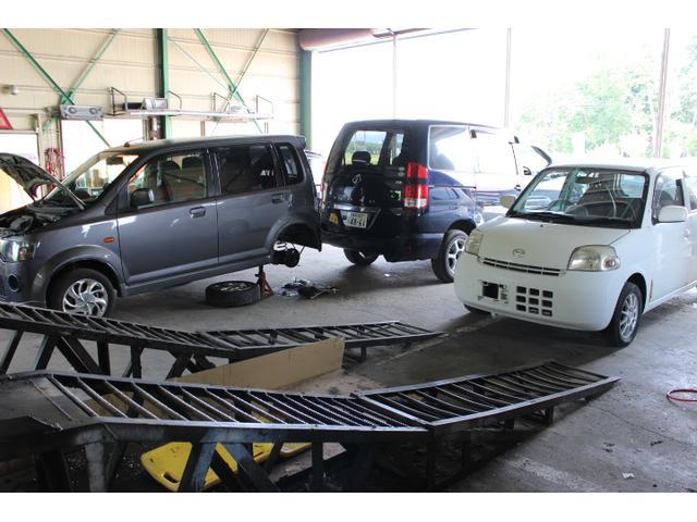 本社工場では車検や修理も対応しております。