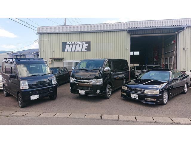 車両内装リペア、ガラスリペア、タイヤ組み替え、パーツ取り付けはお任せ下さい。