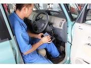 警告ランプの点灯やセルモーター等の電装系修理も対応します