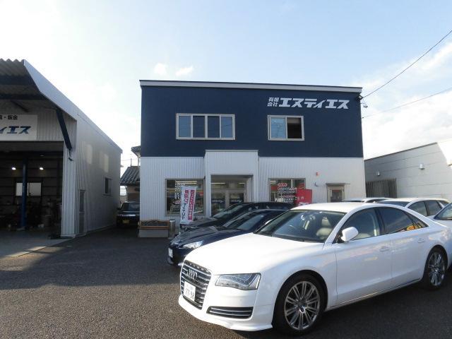 中古車販売もお任せ下さい。沢山のお買い得車を展示中。