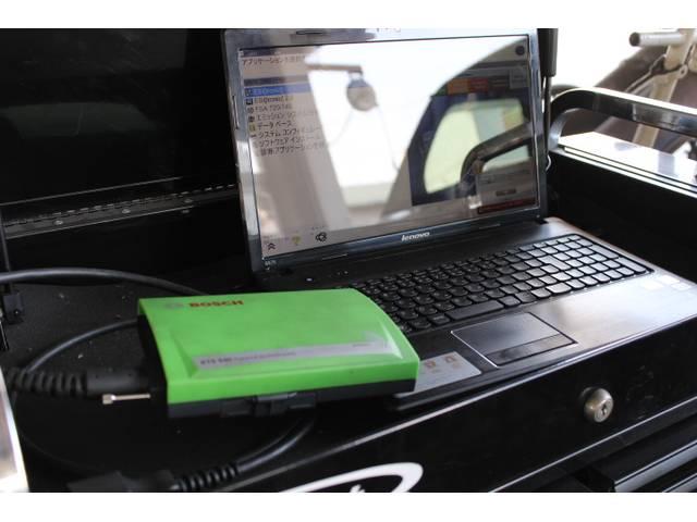 全メーカー対応のコンピューター診断機完備です。
