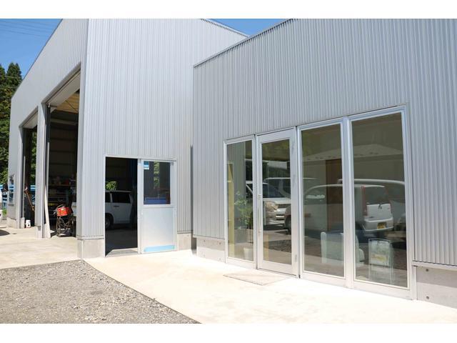 鶴岡市の車検や一般整備、鈑金塗装、ボディーコーティング、パーツ取付はHIBIKIへお任せ下さい。