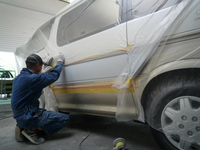 小さな傷から大きな傷まで、満足頂ける仕上りをさせて頂きます。国産車・輸入車okです。ご相談下さい。