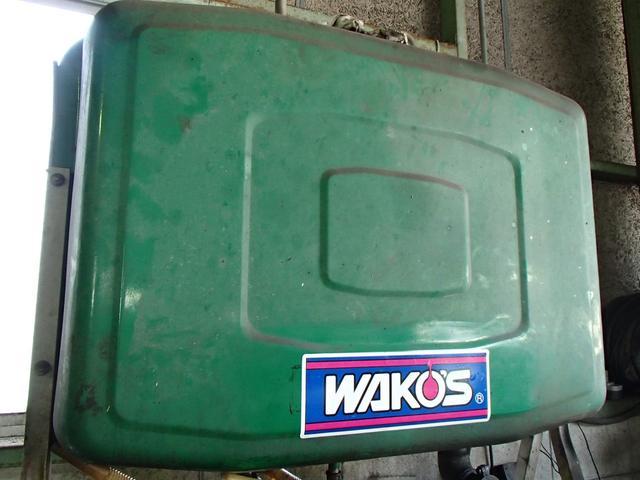 エンジンオイルもワコーズオイルやエコオイル・ディーゼル用のオイルなど各種準備していますよ!!