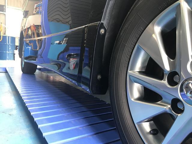 当店ではタイヤ交換やナビ・ETC・ドライブレコーダー等の持込でのパーツの取付も行っております!!