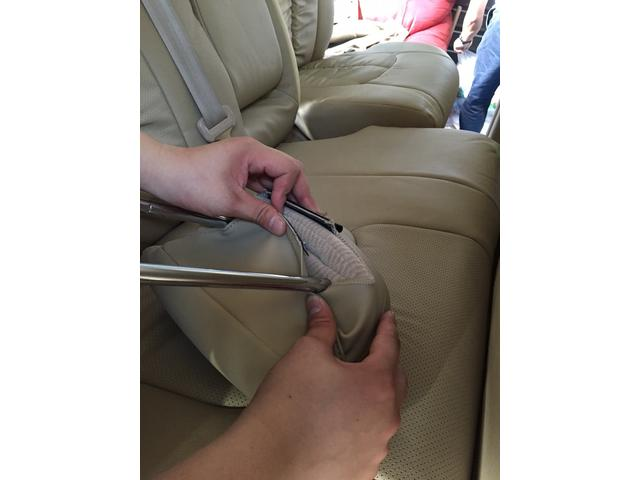 シートカバ-のカスタムも承ります♪シートを変更するだけでお車の印象がかなり違ってきます!(´▽`)