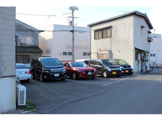 もちろん新車・中古車の販売も行っておりまので買い替えの時も是非、是非ご来店下さい!!