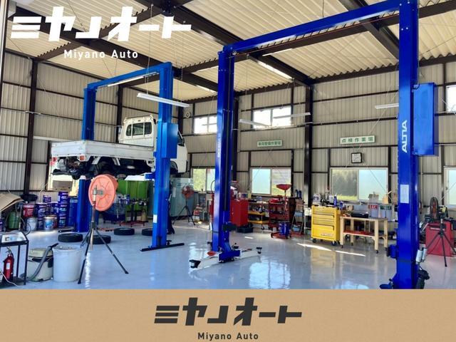 当店は中国運輸局長認証工場を完備しております。安心して整備をお任せ下さい。