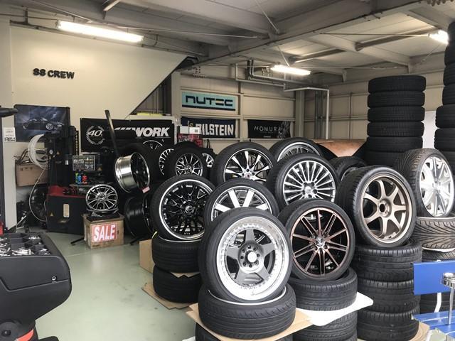 新品タイヤ・アルミホイールはもちろん、中古アルミ等のパーツも取り扱っております!!