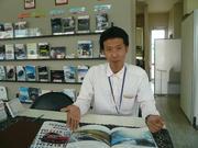 営業兼サービスアドバイザー 山本 英治 Eiji Yamamoto