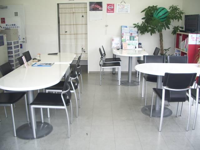 日産プリンス熊本販売(株)カーランド菊南店(6枚目)
