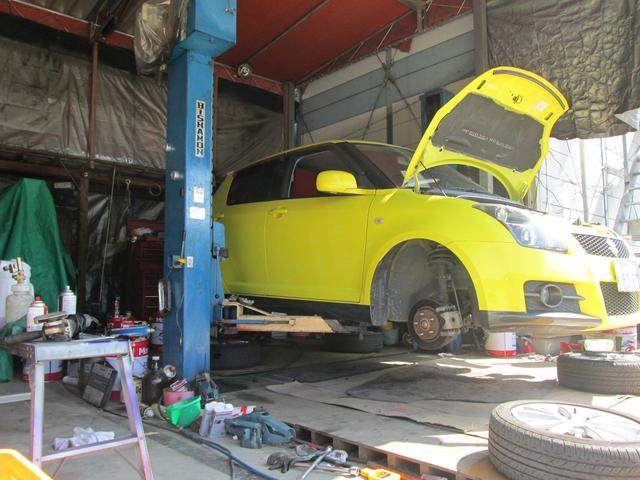 整備・点検・清掃等、万全の状態で納車致します!整備・車検等も承っておりますのでお気軽に御問合せ下さい