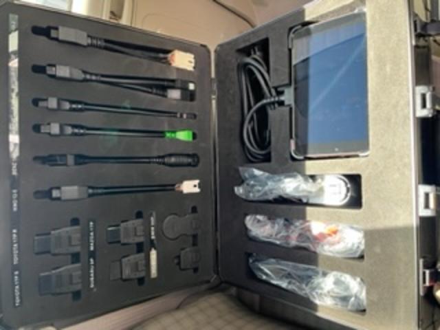ハイブリットカーなどの最新のお車にも診断機でしっかり対応出来ます!