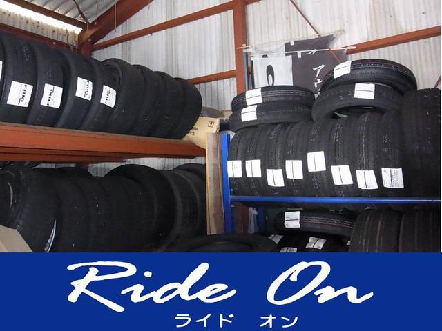 各サイズのタイヤ在庫しております。在庫にタイヤサイズは取り寄せ可能ですのでお任せ下さい。