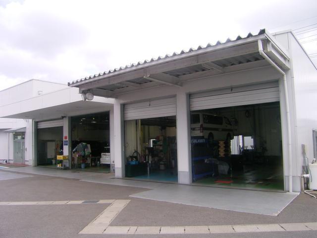 ネッツトヨタ石川(株) U-Carシャンツェ七尾(3枚目)