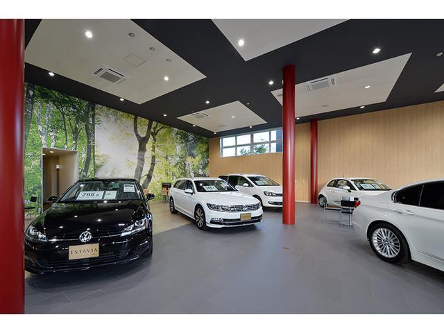 輸入車をお求めになるお客様が充実したカーライフを満喫できますよう、お車とサービスをご用意しています。