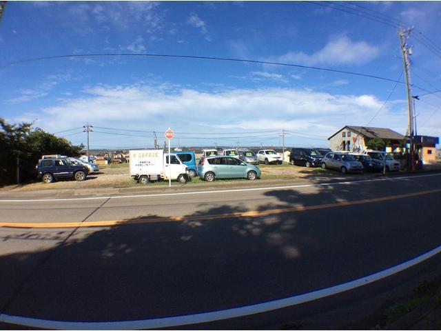 津幡町に有ります車両置き場兼展示場です。掲載車両以外にも展示車両有り。河北郡津幡町太田ラ186