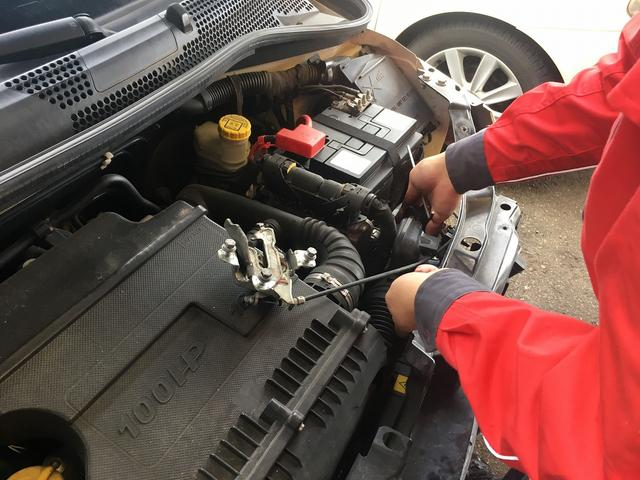 車検・修理・板金塗装から日常メンテンナス・パーツ取付まで幅広く対応しています
