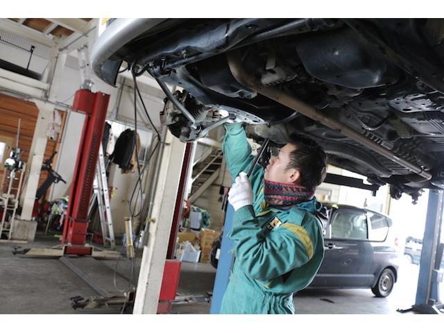 お客様の大切なお車をお預かりするために設備も整えております。