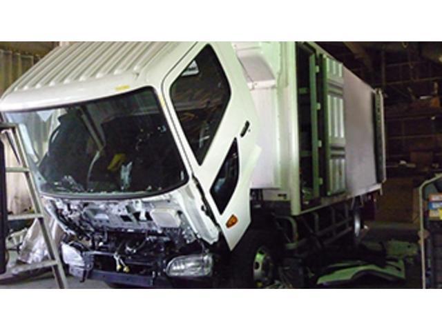 とやのトラックステージ とやの自動車工業(株) トラック市 新潟中央店(2枚目)