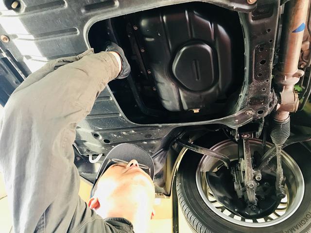 オイル交換もご相談ください。トヨタのキャッスルオイルを揃えております。