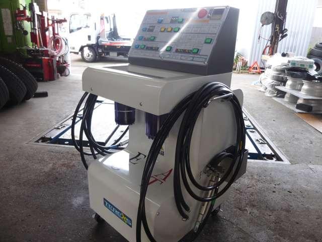 特許取得のエンジン内部洗浄マシンTEREXS☆新潟県で唯一当社だけが持っているマシンです☆