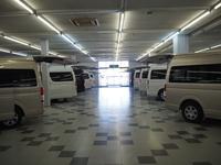 自社認証工場完備。遠方のお客様も安心してお車をお選びいただけます。