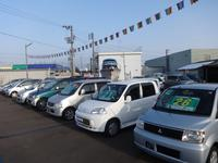 新潟県 長岡市にあるカーショップ フィットです♪お買い得な車が並んでいます♪お気軽にお問合せ下さい♪
