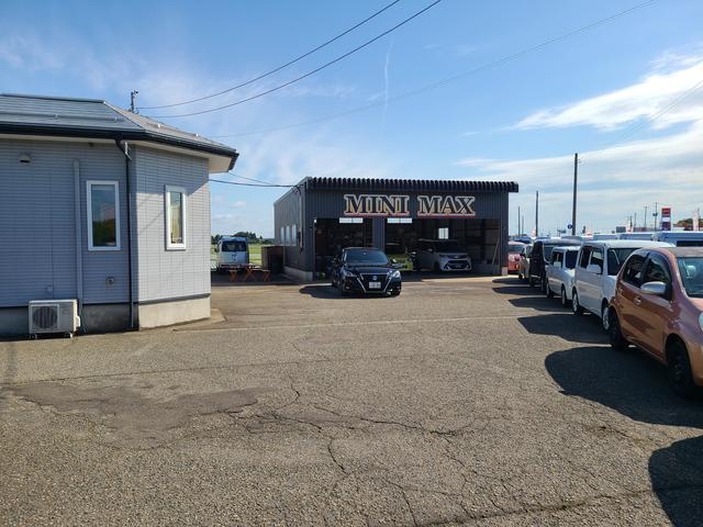 国産車や外車などどのメーカーのお車もお任せください!