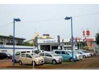 新潟の中古車販売店 (株)スズキ自販新潟 スズキアリーナ蓮潟