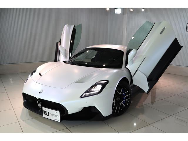 国産車&輸入車在庫多数ございます。