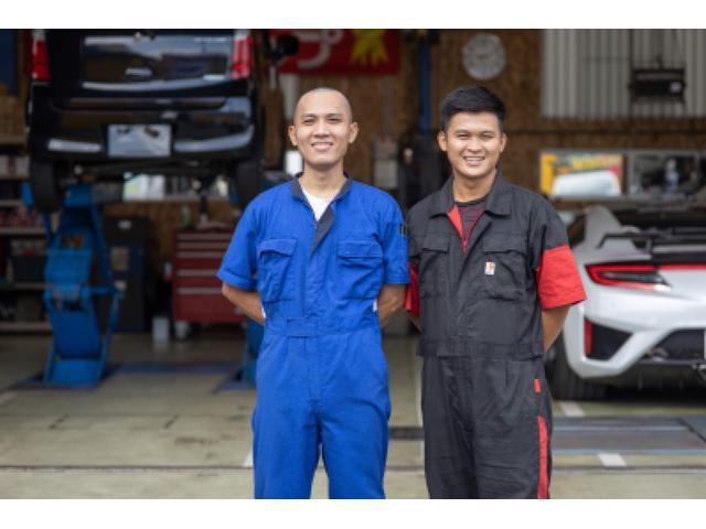 オーケイ自動車には、ベトナム人技能実習生が3人います。