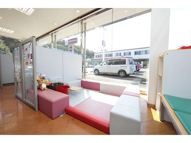 香川トヨタ自動車(株) U-Carルート32中央店(5枚目)