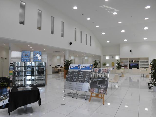 ネッツトヨタ徳島(株) U-Car Shop 藍住店(2枚目)