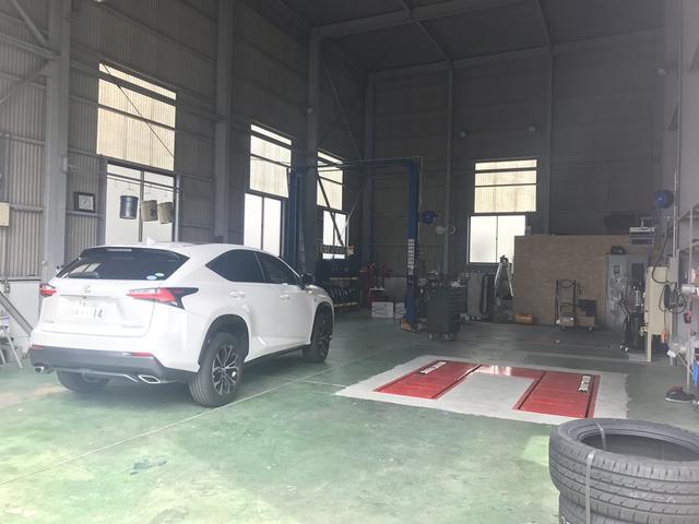 お客様のお車の修理・点検・車検はグランド ゼロへ!きっちりとしたお仕事を心がけております。