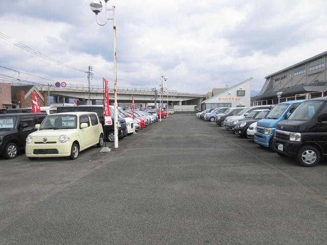 中古車のラインナップ多数です☆ココに無い車両は注文販売で!実績も多数ございます。