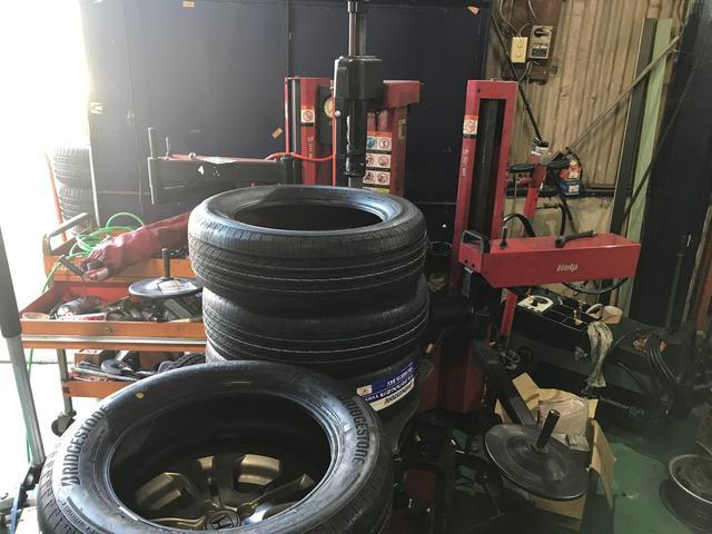 タイヤ・ホイール・メンテナンスの事ならプロにおまかせ!