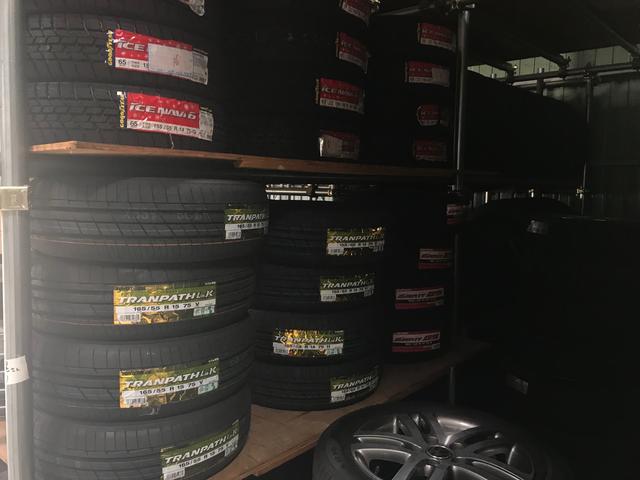 タイヤホイール販売もお任せください!