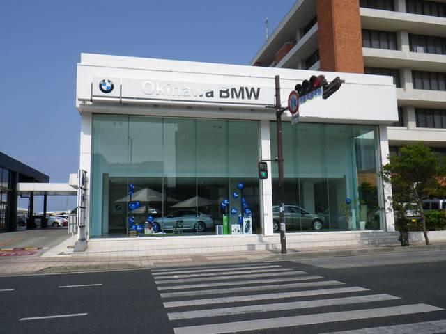 写真:沖縄 浦添市Okinawa BMW  BMW Premium Selection 沖縄 店舗詳細