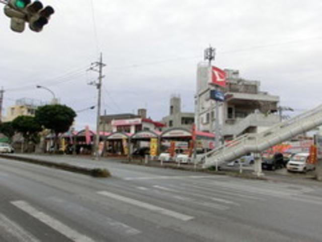 写真:沖縄 那覇市新車スタジオ ラッキー首里店 店舗詳細