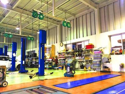 修理や整備、日々のメンテナンス専門工場