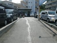 329号線沿いですが駐車スペースはバッチリ準備しております♪お気軽にお立ち寄りください。