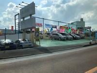 沖縄の中古車販売店 カープロデュースM3(エムスリー)