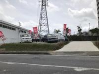 沖縄の中古車販売店ならAUTO GARAGE TRUST