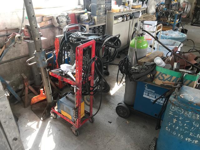 細心の機器で万全の整備を行っております。