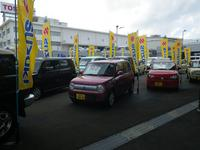 U-Car展示場には随時約30台の良質在庫が並んでおります♪