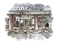 豊見城から車で2分、西崎総合運動公園目の前となります。AHCの看板を目印にして下さい。