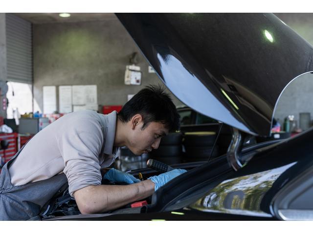 輸入車テスターを設置した指定工場を完備。緊急時には積載車も常時完備しております。